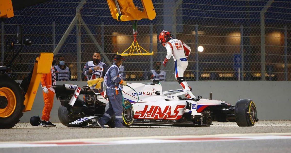 Син російського мільярдера знову потрапив в аварію на першому колі Гран-прі Формули-1: фінішував останнім