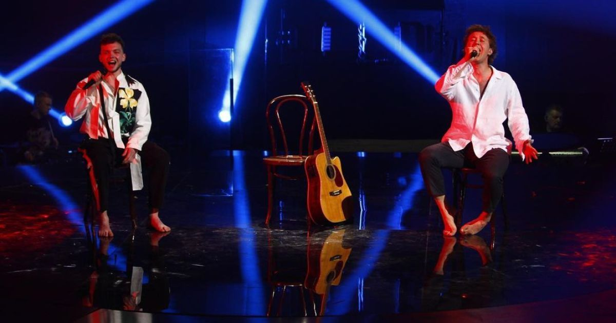 """""""Голос країни-11"""": Лазановський та Бабкін присвятили свій виступ тим, хто пішов з життя"""