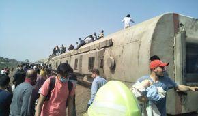 11 погибших и около сотни пострадавших: в Египте пассажирский поезд сошел с рельсов