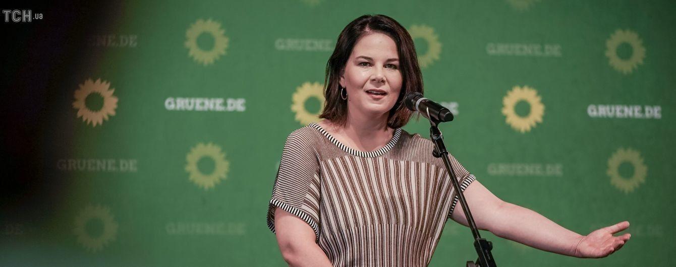 """Новою канцлеркою Німеччини може статипротивниця """"Північного потоку-2"""": """"Зелені"""" визначилися з кандидатурою"""
