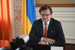 Будем надеяться, что РФ действительно с уважением относится к Пасхе и прикажет солдатам на Донбассе не стрелять — Кулеба