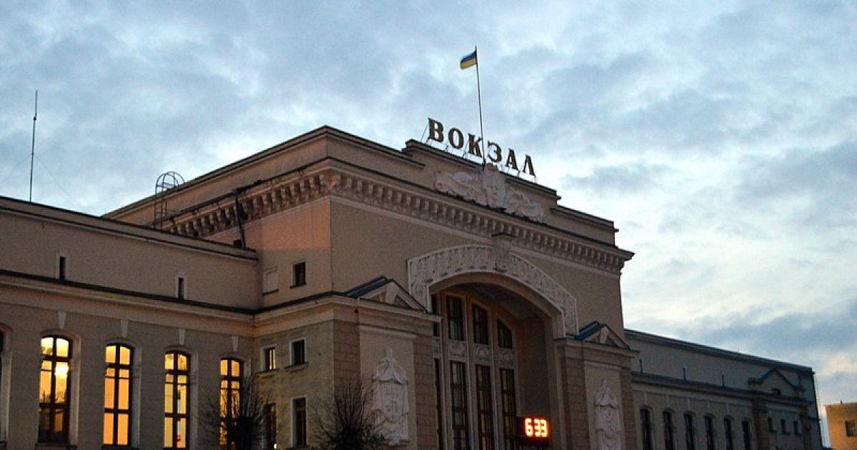 23-річний хлопець раптово помер у потязі в Тернополі