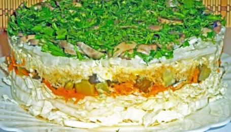 Рецепти пісного меню: листковий овочевий салат