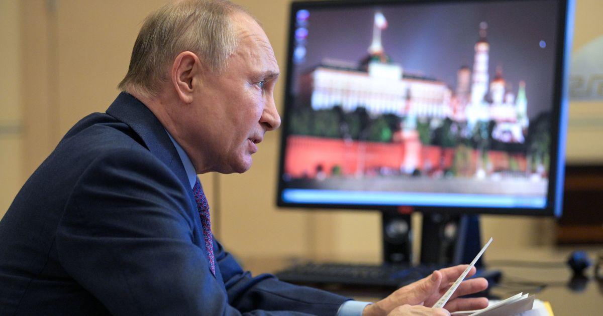 """""""Коли є діалог, гармати мовчать"""": Зеленський про зустріч Байдена і Путіна"""