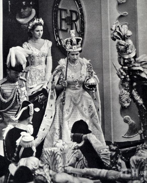 Королева Елизавета II в день своей коронации
