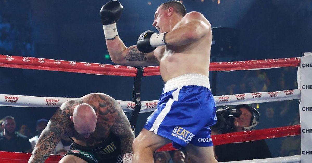 За две минуты: экс-регбист отправил в тяжелый нокаут бывшего чемпиона WBA в боксерском поединке (видео)