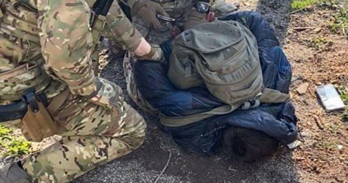 В Житомирской области СБУ задержала агента ФСБ России, который собирал данные о войсках региона: видео