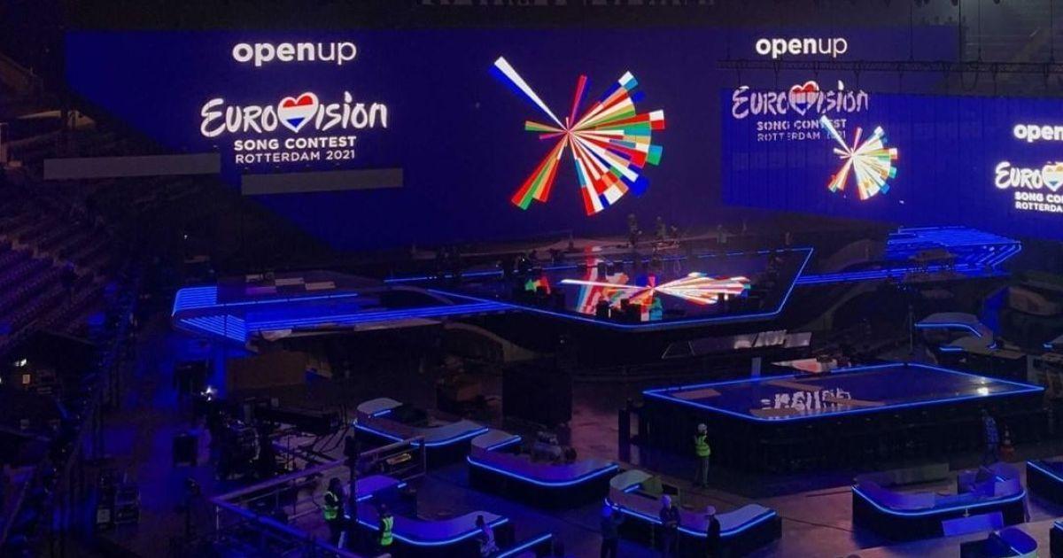 """""""Євробачення-2021"""": у Роттердамі встановили головну сцену конкурсу"""