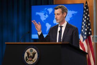 """Госдеп США призвал """"совместно"""" критиковать действия РФ: """"Должна прекратить конфликт на востоке Украины"""""""