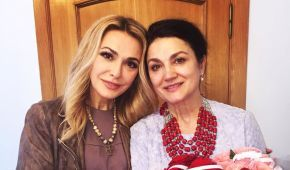 Ольга Сумська відповіла на закиди сестри, що вона виставляє життя напоказ у Мережі
