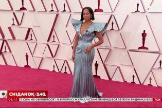Оскар-2021: головні тріумфатори та найцікавіше вбрання знаменитостей