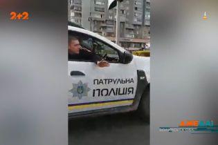 Неймовірні пригоди українських копів на минулих вихідних