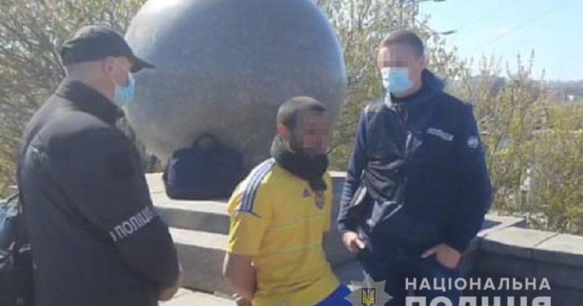 Подозреваемый и убитый были знакомы: полиция установила личность мужчины, чье расчлененное тело нашли в Киеве