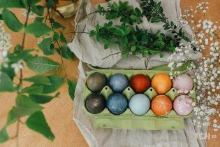 Цибуля, буряк і куркума: як пофарбувати яйця натуральними барвниками