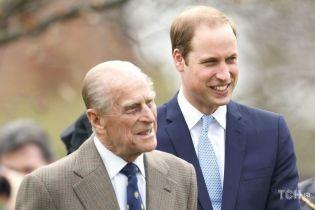 Обручки в королівській родині: чому принци Вільям і Філіп відмовилися від символів кохання