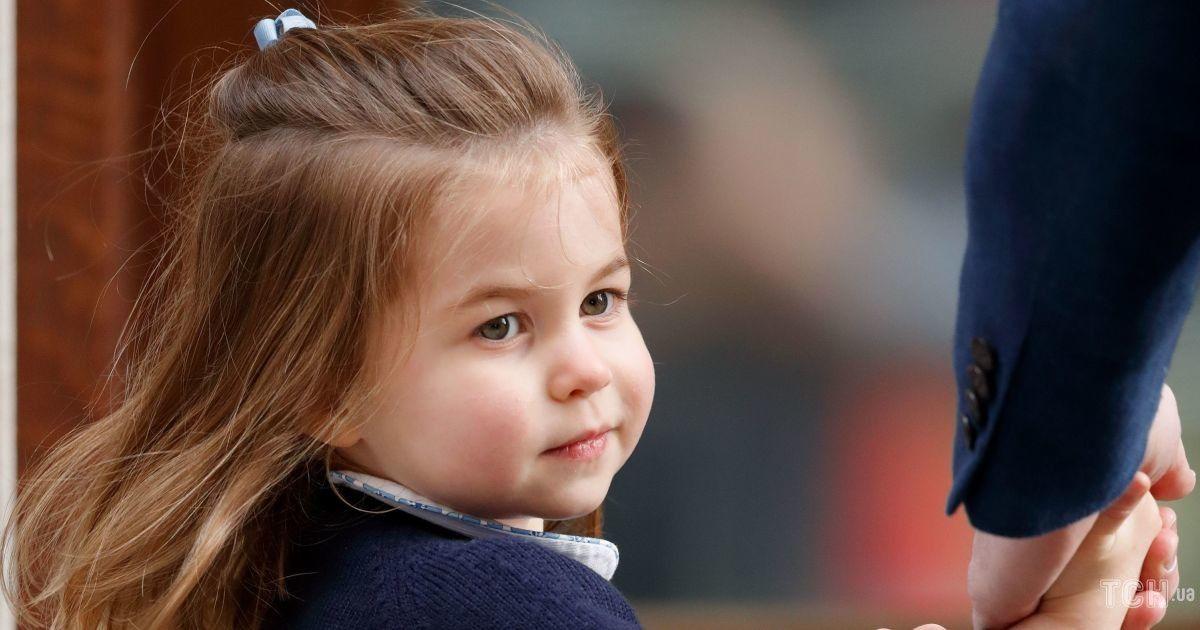 Именинница дня: 10 фактов, которых вы не знали о дочери Кембриджей - принцессе Шарлотте
