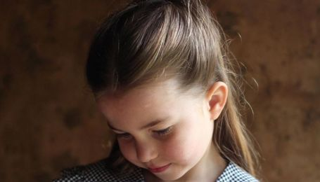 Принцессе Шарлотте - 6 лет: новое фото дочери Уильяма и Кейт