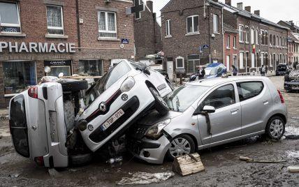 """Большой потоп в Европе: циклон """"Бернд"""" ломал каменные стены, смывал с улиц машины и убивал людей"""