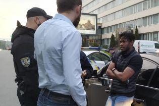 У Києві поліція затримала п'яного футболіста-водія: документів на авто також не виявилося (відео)