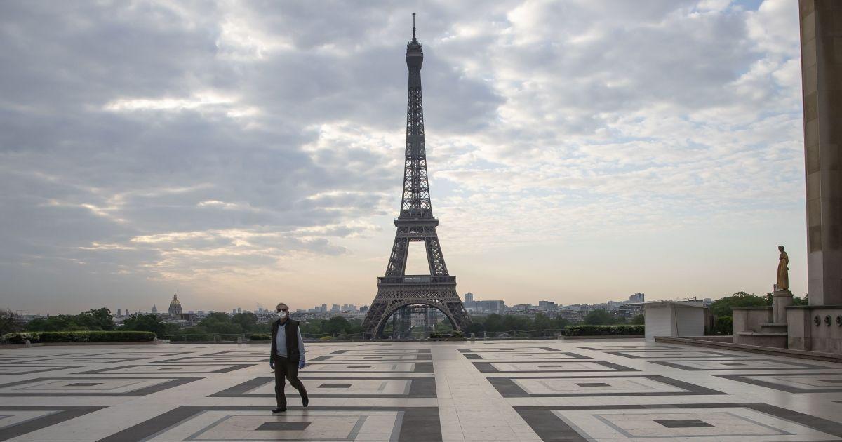 Жестокое избиение украинского подростка в Париже: как отреагировало Посольство Украины во Франции (видео)