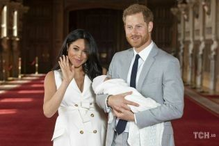 Королівські портрети: як Кейт, Меган і Діана фотографувалися з дітьми