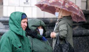 На Киев и область надвигается сильный ветер и дождь: людей предупредили об опасной погоде 6 мая