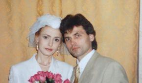 В честь 25-летия брака Ольга Сумская засыпала Сеть свадебными снимками