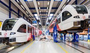 Швейцарська компанія Stadler може розпочати виробництво поїздів в Україні: названо умову