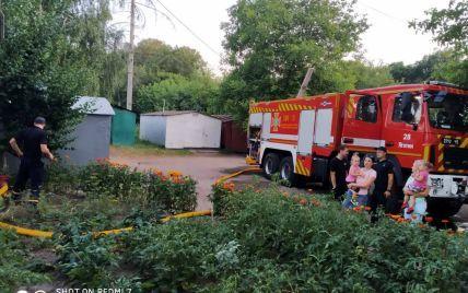 В Яготине вспыхнула квартира в пятиэтажном доме: два человека погибли