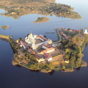 У Росії надумали знімати реаліті-шоу в монастирі