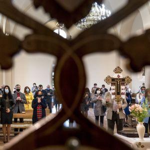 """Воістину """"локдаун"""": у місті Тернопільської області священики вимагають заборонити роботу ринків у неділю"""