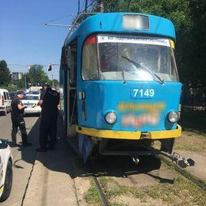 В Одесі трамвай збив жінку, яка вийшла з маршрутки