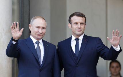 Макрон вслед за Меркель заявил о необходимости диалога между Евросоюзом и Россией: зачем