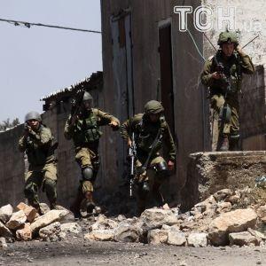 У відповідь на понад 2000 ракет з Сектора Гази, Ізраїль знищив дві групи терористів