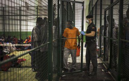 Мігранти на кордоні з Білоруссю: Латвія ввела режим НС, Литва будує паркан, а у Польщі затримали сотні нелегалів