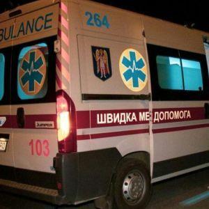 Розтрощений легковик та троє постраждалих: на Чернігівщині п'яний водій в'їхав у натовп пішоходів