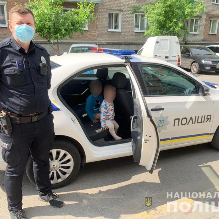 Роздягнені, босі і голодні: у Бердянську від горе-матері втекли двоє маленьких дітей