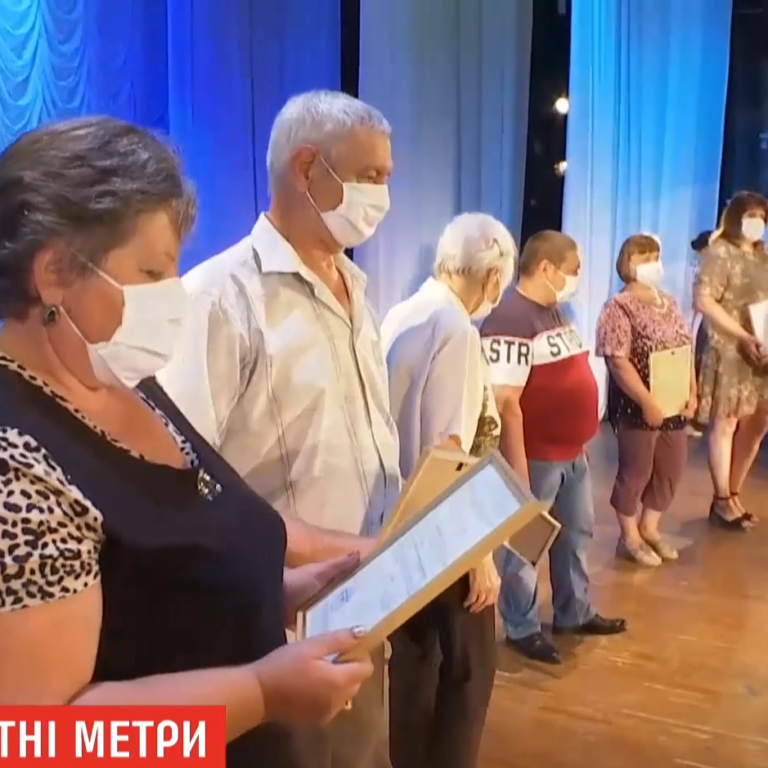 До последнего не верили: переселенцы, которых боевики выгнали из собственных домов, получили жилье в Луганской области
