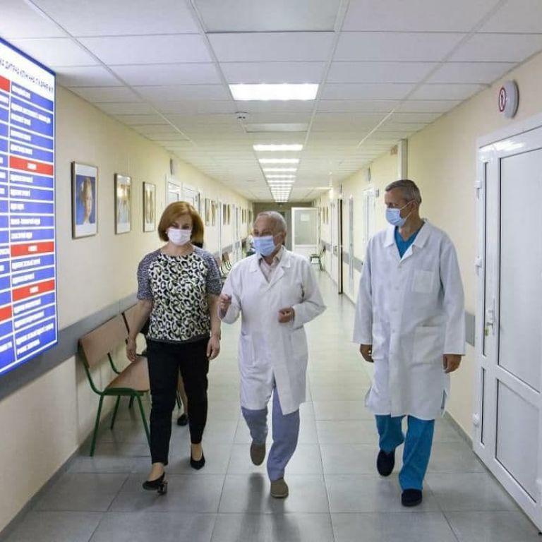 Київ готується до нової хвилі коронавірусу: скільки ліжок зможуть розгорнути у столичних медзакладах