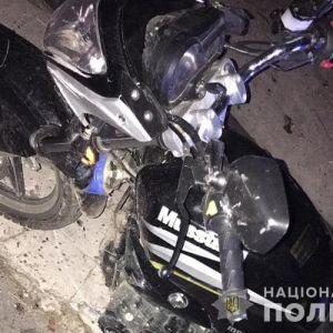 Во Львовской области 17-летний байкер сбил сверстника и врезался в другой мотоцикл