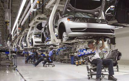 В автомобільній індустрії може посилитися криза, спричинена дефіцитом чипів: причина