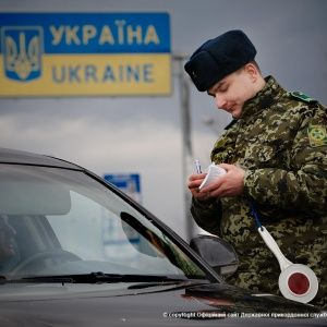 Украина введет биометрический контроль иностранцев в 2018 году - Слободян