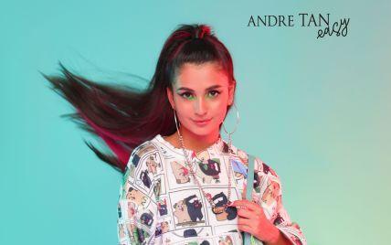 В платье цвета фуксии и свитшоте с комиксами: Анна Тринчер примерила луки из коллекции Andre Tan Easy