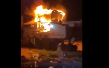 Компанії, яка ремонтує в Україні дороги, спалили техніку: власник пообіцяв 5 млн грн за інформацію про паліїв