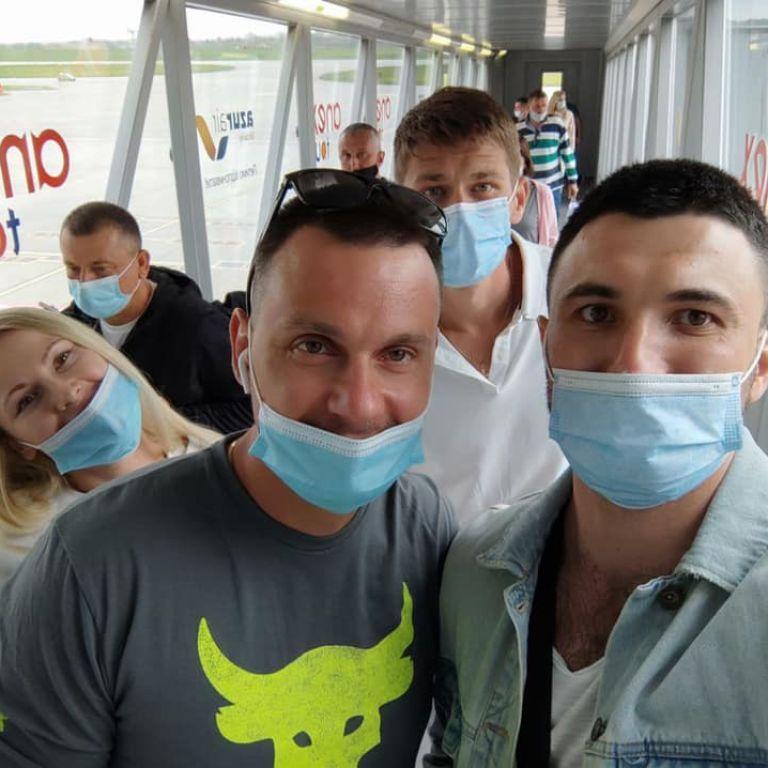 Реанимировали 15 минут: в Египте во время отдыха едва не погиб медик со Львова, его спасли коллеги