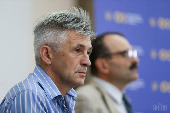Відкритий лист до Директора Інституту мовознавства Богдана Ажнюка