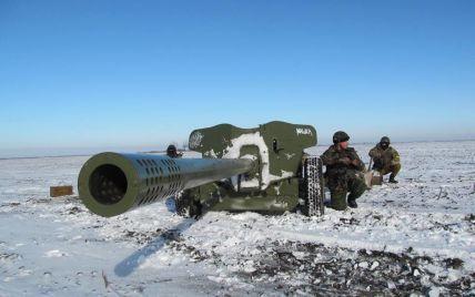 Ніч у зоні АТО була неспокійною: бойовики 8 разів обстрілювали українських військових