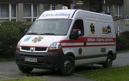 """Побили через телефон: у Житомирській області молодик помер у лікарні після зустрічі з """"друзями"""""""