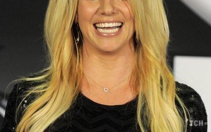 Примерила три купальника: Бритни Спирс поделилась новыми кадрами из отпуска