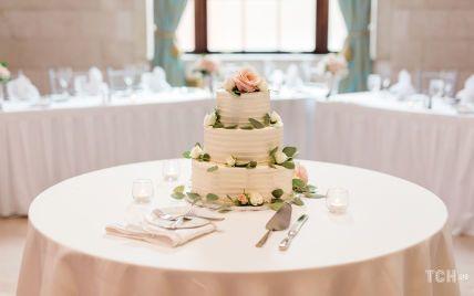 Торт на весілля: який дизайн вибрати для головної прикраси столу
